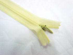 Great value Invisible Zip- Primrose- 107 available to order online Australia