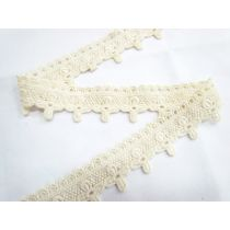 Soft Vintage FLower Cross Lace- Natural